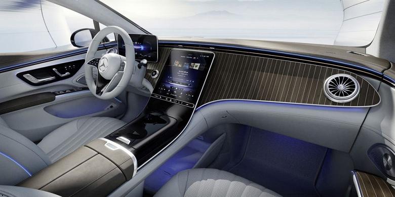 Mercedes-Banz показала футуристический интерьер флагманского электрического седана EQS с 56-дюймовым «гиперскрином»