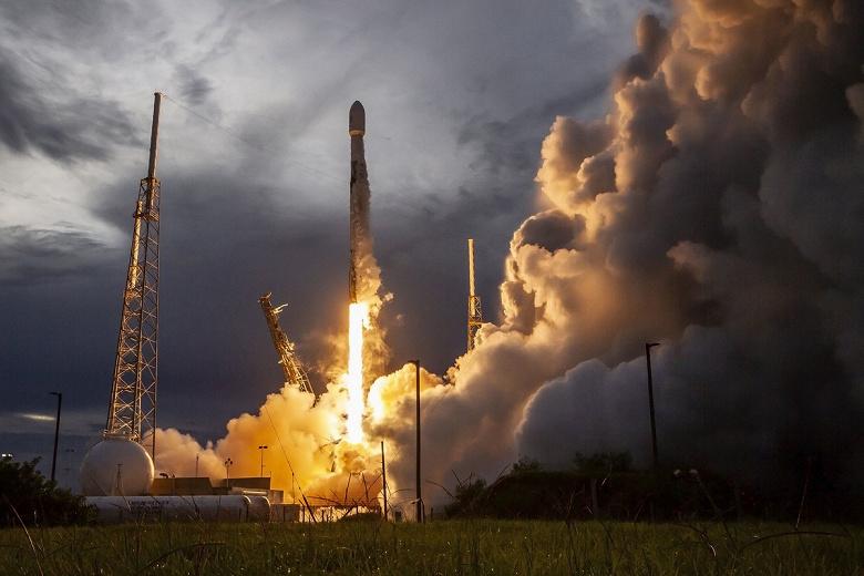 «Хьюстон, у нас проблемы». SpaceX повторно отложила запуск ракеты Falcon 9 со спутниками Starlink