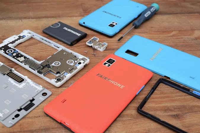 Самый ремонтопригодный в мире смартфон получил новую Android спустя пять лет после дебюта