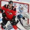 «Авангард» выиграл 500-й матч в КХЛ и узнал соперника по плей-офф