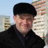 Более 2000 тюльпанов подарил омичкам депутат Андрей Кипервар
