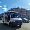 Омичей отказались везти стоя на муниципальной маршрутке из аэропорта