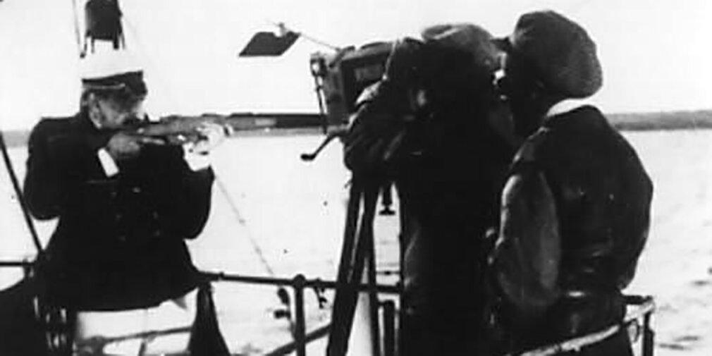 """Красный флаг и музыка Шостаковича. Все о фильме «Броненосец """"Потемкин""""»"""