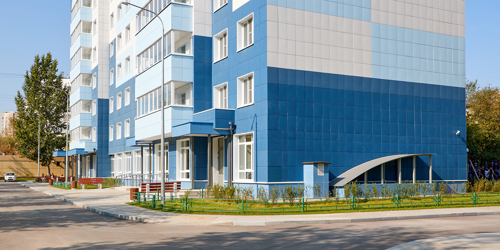 В новые квартиры по программе реновации в ЮАО переехали более 500 семей