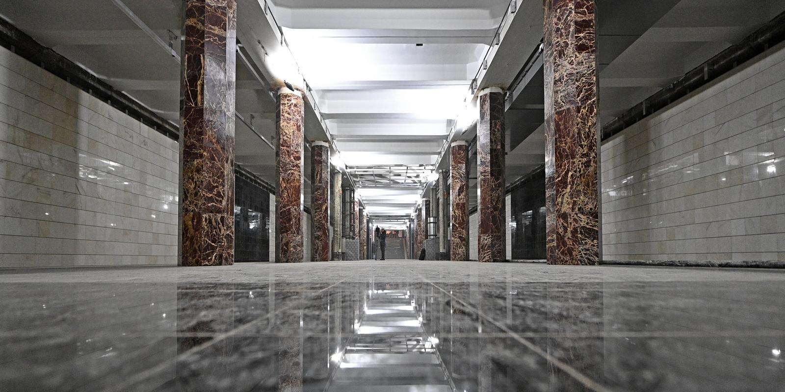 Как реконструируют Каховскую линию метро