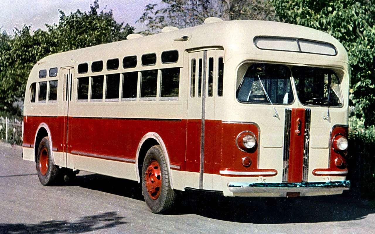 Советский гибридный автобус: заглянули в его родословную