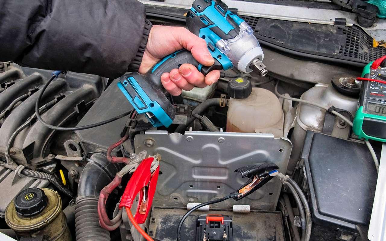 Заводимся без аккумулятора — эксперимент «За рулем»