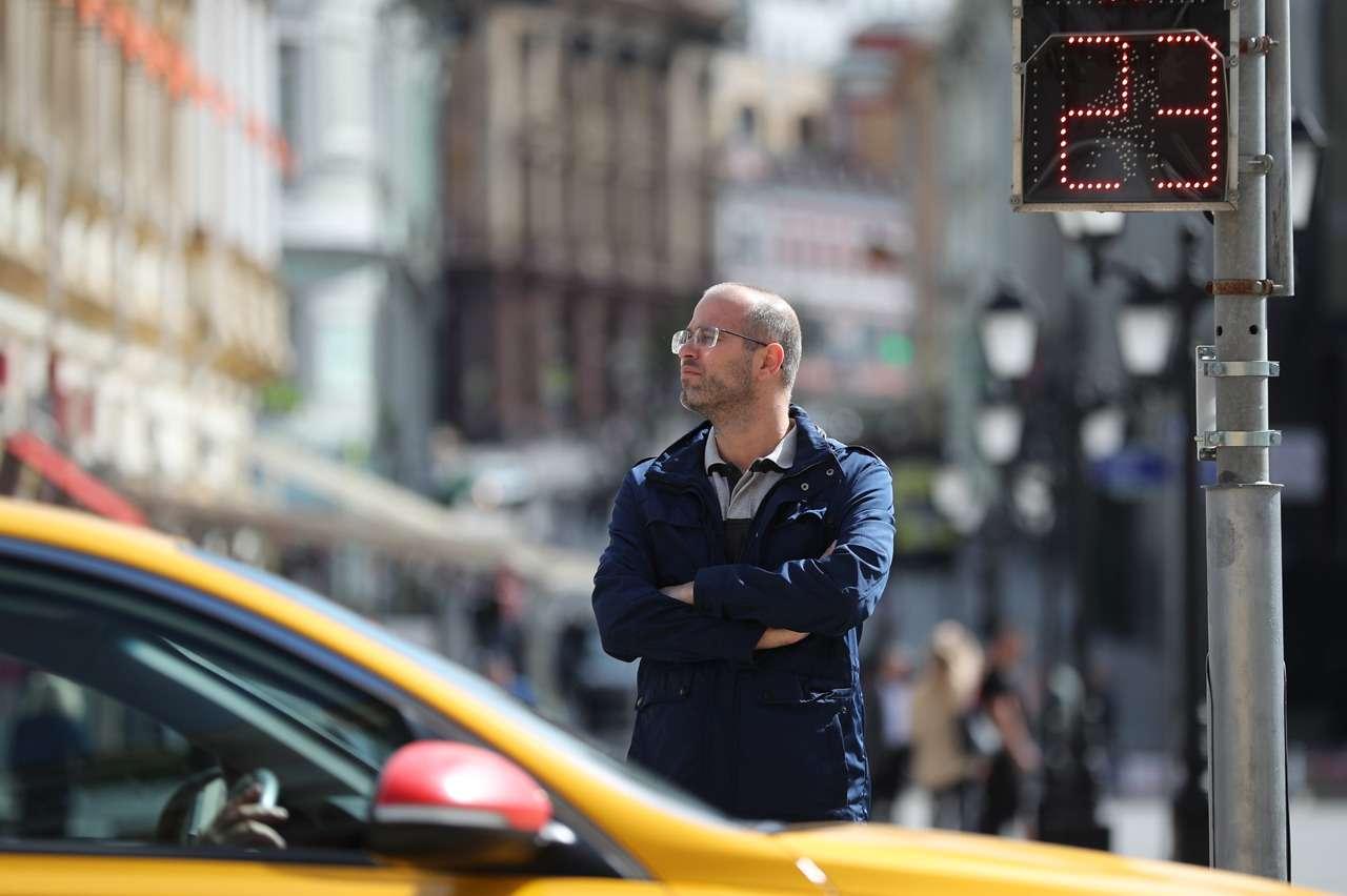 Поездки на такси подорожали на 50% за полгода