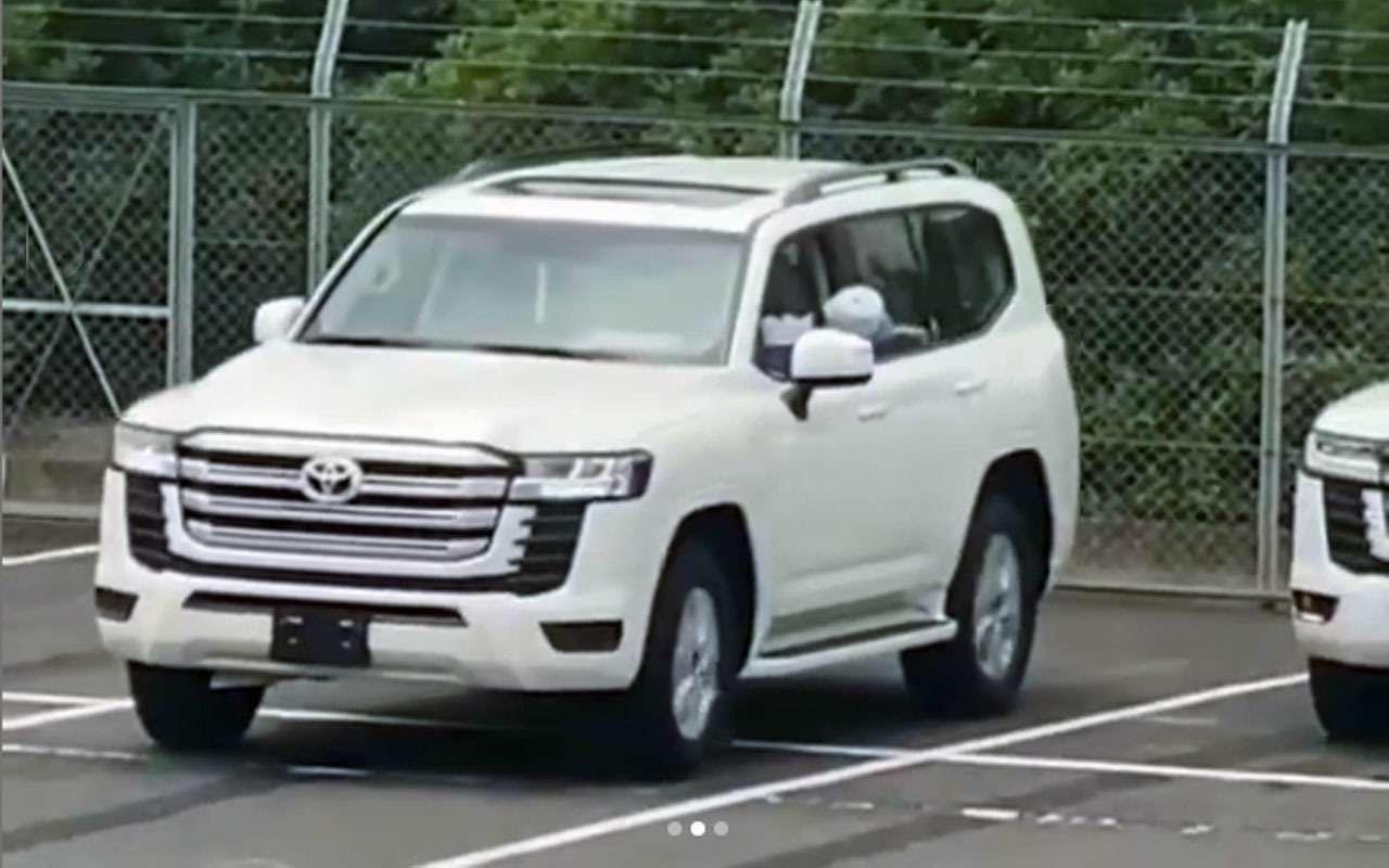 Новый Toyota Land Cruiser — названа дата премьеры