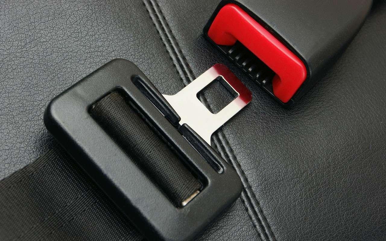 Штрафы за телефоны и ремни — система заработала