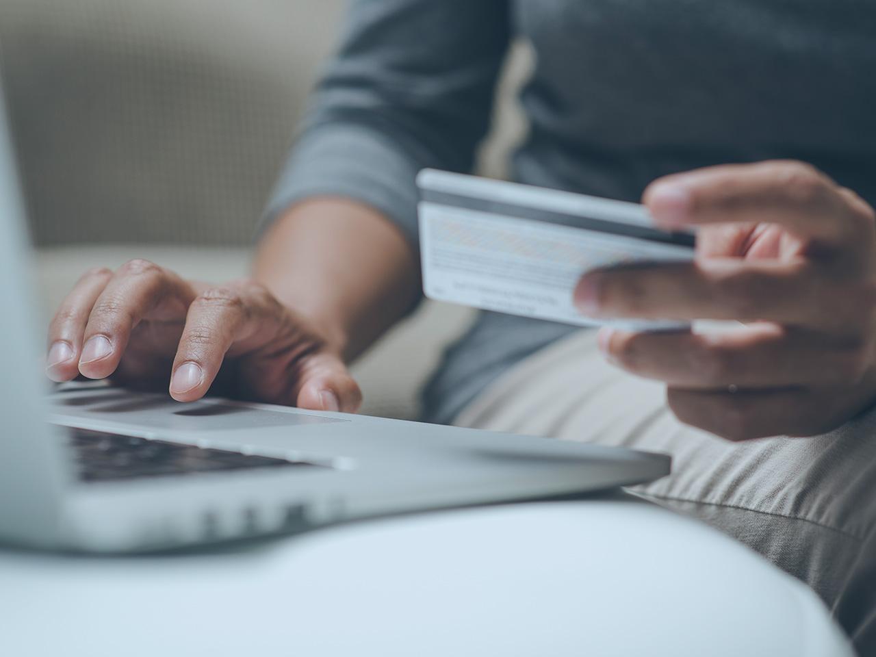 В магазинах Shopify, BigCommerce, Woocommerce и Zencart нашли новый веб-скиммер