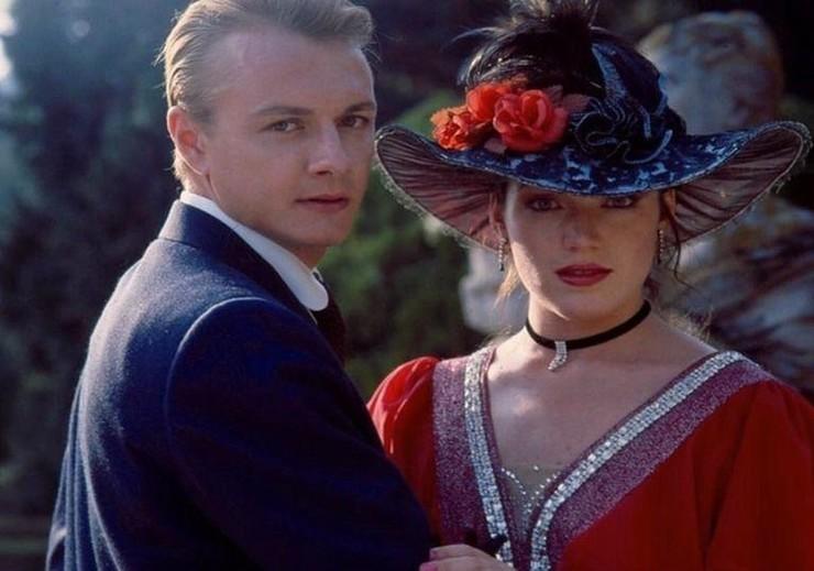 Выпросила трусы: Хмельницкая о «романе» с Шевельковым на съемках фильма «Сердца трех»