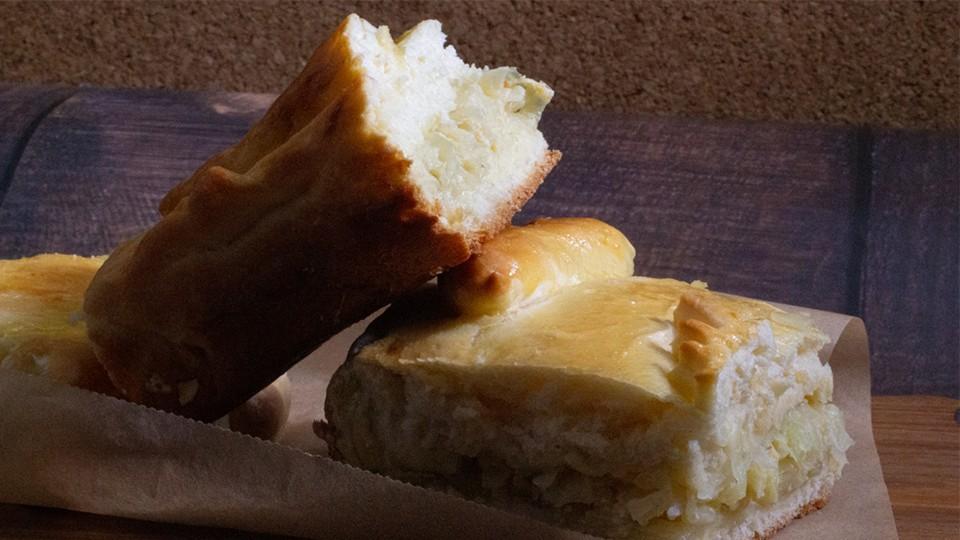 Как приготовить пирог с капустой и яйцом по традиционному русскому рецепту?