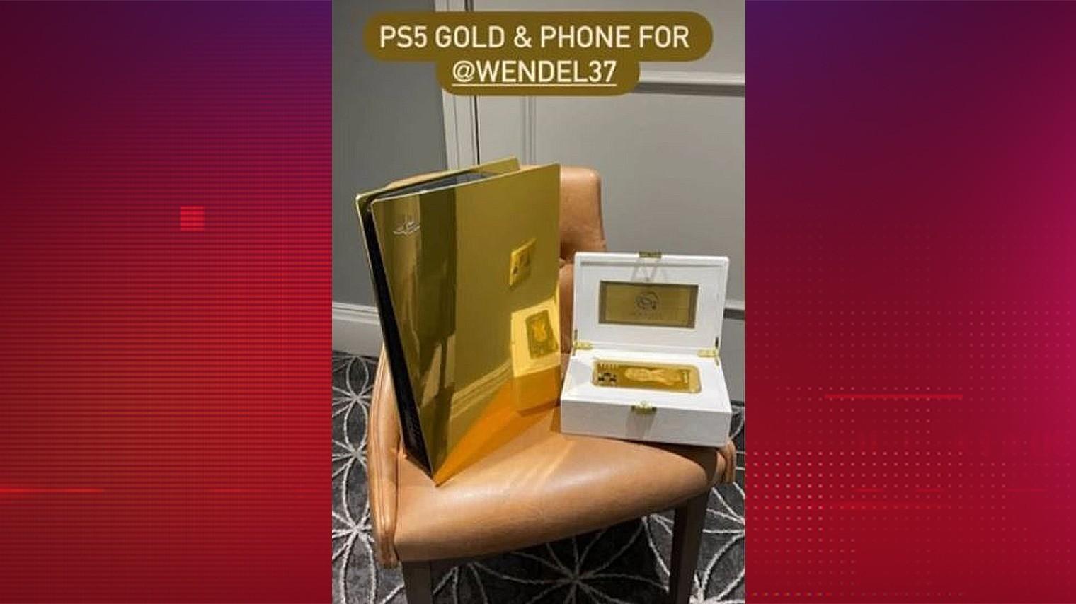 Гонорар позволяет? Новичок из «Зенита» купил золотые PlayStation 5 и iPhone