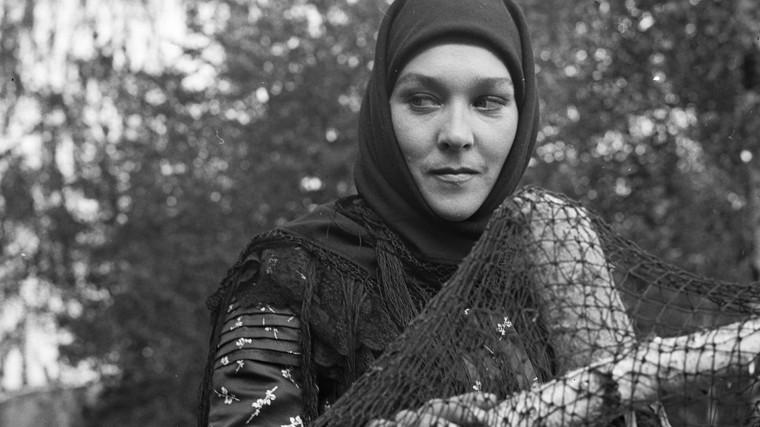 Психбольница и 20 лет забвения: трагическая судьба Завьяловой из «Тени исчезают в полдень»
