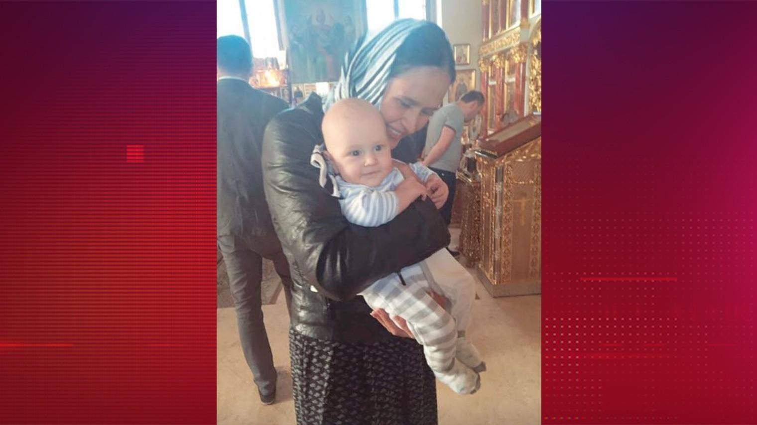 «Спасибо за чудо»: Сумишевский показал нежное фото с женой в день рождения сына