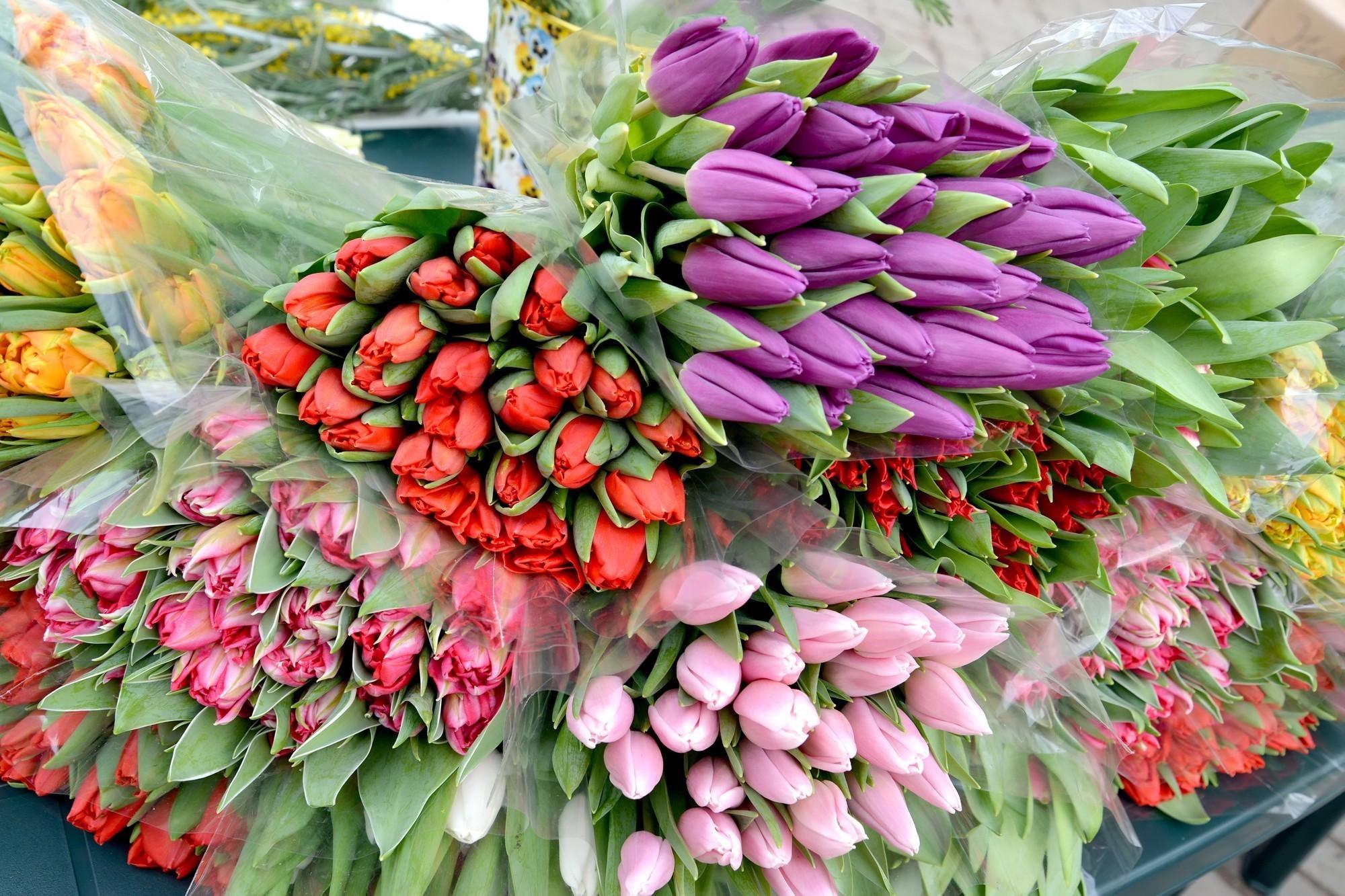 Вместо тысячи слов: как выразить свои чувства при помощи букета цветов?