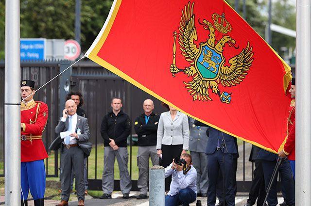«Предали русский и требуем денег». Почему Россия не умеет выбирать друзей?