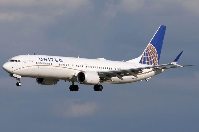 В США экстренно сел Boeing 737 Max из-за проблем с двигателем