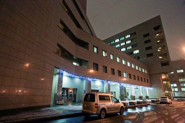 «Год тяжелый, но справляемся». Боткинская больница отмечает юбилей