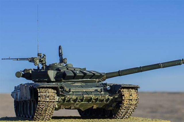 Сухопутные войска РФ получат в этом году более 400 новых танков, БМП и БТР