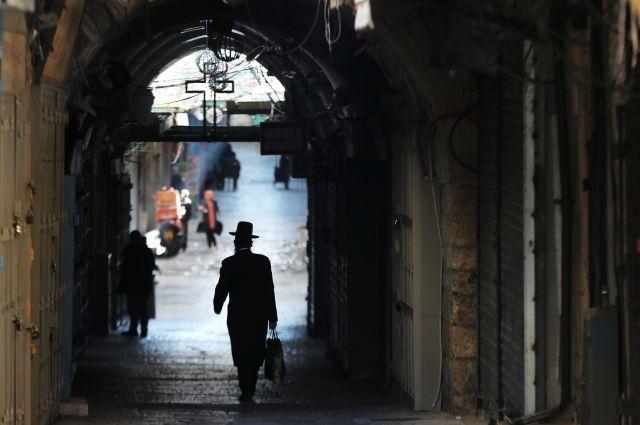 Власти Израиля объявили о введении двухнедельного карантина
