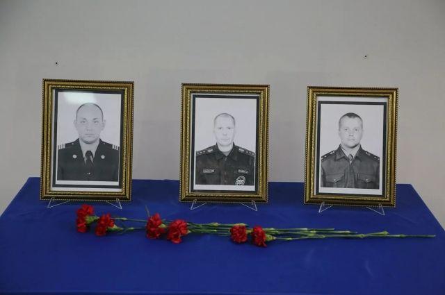 Путин посмертно наградил орденом Мужества погибших в Красноярске пожарных