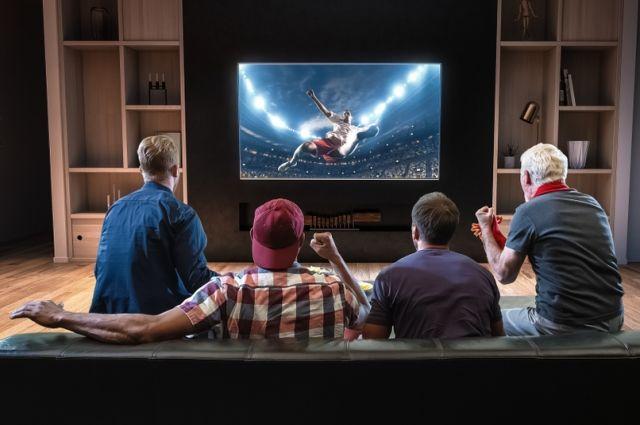 Футбол в прямом эфире. Болельщики увидят матчи на подготовительных сборах