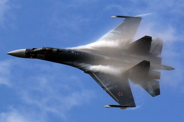 Су-35 успешно отработал уход от средств ПВО