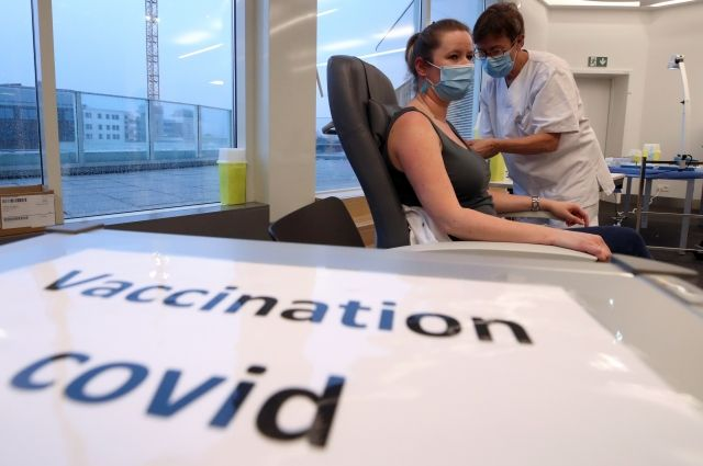Роспатент получил 16 заявок на вакцины от коронавируса с начала пандемии