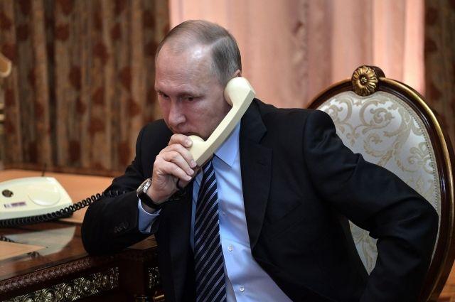 Путин поговорил по телефону с главой Казахстана Токаевым