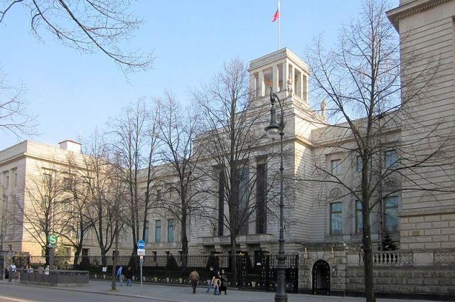 Посольство РФ прокомментировало изъятие детей у россиян в Берлине
