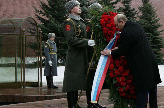 Песков объяснил, почему Путин был без головного убора на морозе