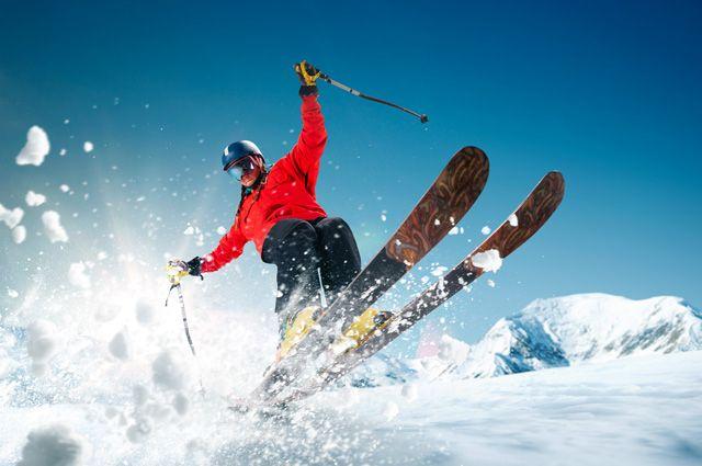 На горнолыжных курортах в Кузбассе пострадали более 450 туристов