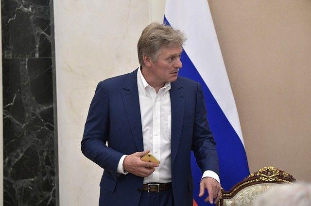 Песков пояснил разночтения в сообщениях о разговоре Путина и Пашиняна