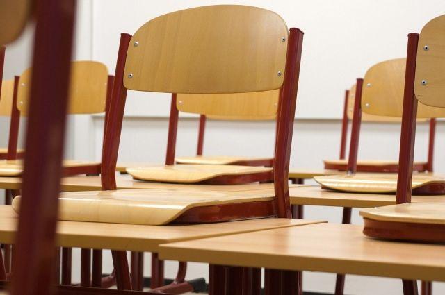 В Минпросвещения прокомментировали переход некоторых школ на шестидневку
