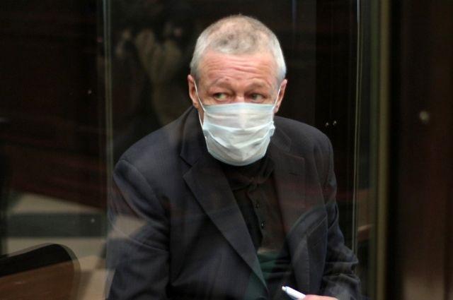 В действиях бывшего адвоката Ефремова нашли нарушения этики