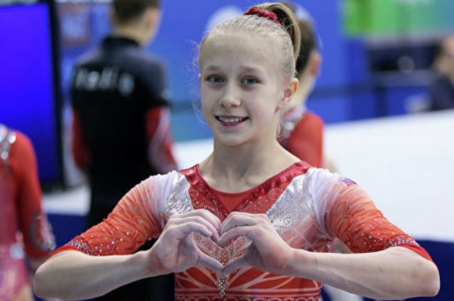 Гимнастка Листунова принесла команде РФ вторую личную олимпийскую лицензию