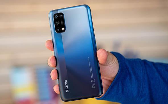 Realme 7 5G с дисплеем 120 Гц представлен официально