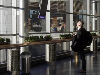 Латвия ограничила авиасообщение с Белоруссией