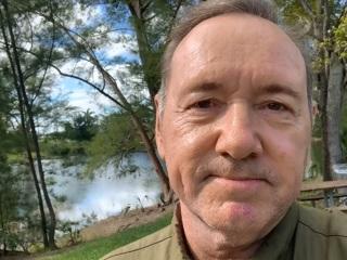 Кевин Спейси призвал не думать, что суицид – единственный выход