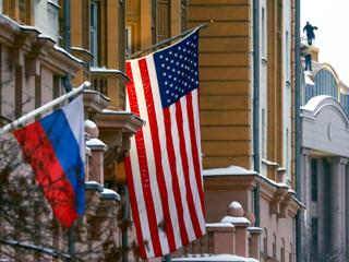 Вместо создания проблем другим Россия советует США заняться своими