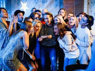 Настоящий танцевальный фейерверк: 11 пар, 22 участника 'Танцев со звездами'