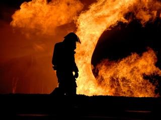 Три человека погибли в доме, сгоревшем в новогоднюю ночь