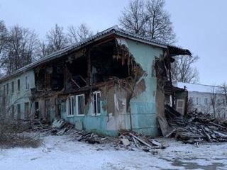 В Тульской области, спасаясь от пожара, женщина выпрыгнула из окна