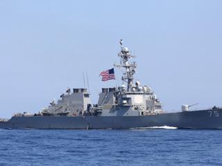 Российские военные будут внимательно следить за американским эсминцем в Черном море