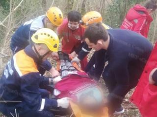 В горах Сочи 13-летняя девочка травмировалась, упав с большой высоты