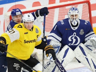 'Динамо' и 'Авангард' вышли в следующий раунд плей-офф КХЛ