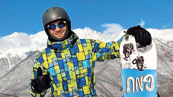 Лазарев встал на сноуборд