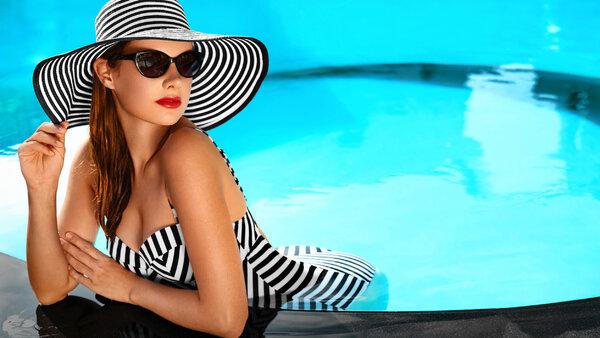 ТОП-15 модных и красивых купальников 2021 с AliExpress